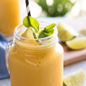banana-mango-smoothie-recipe-3